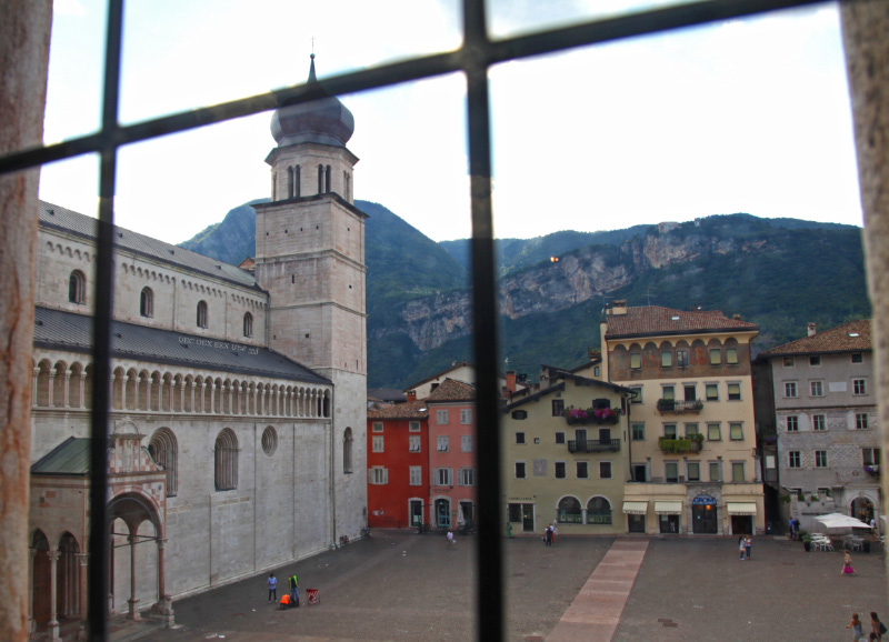 Cattedrale di San Vigilio, Duomo di Trento - Trent Cathedral from a window of the 13th century Palazzo Pretorio, now the Tridentine Diocesan Museum
