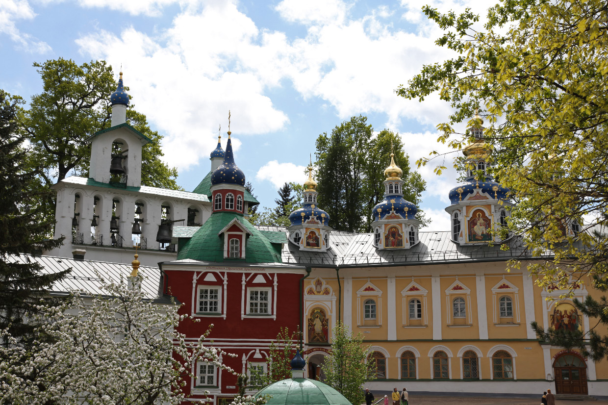 Свято-Успенский Псково-Печерский Монастырь – Holy Dormition Pskov Monastery of the Caves