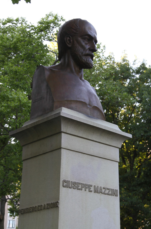 Giuseppe Mazzini bronze bust in Central Park in New York City