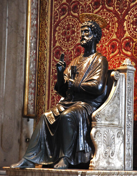bronze statute of Saint Peter Arnolfo di Cambio in Saint Peters Basilica